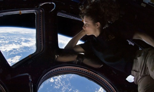 Astronauts See 15 Sunrises and Sunsets Per Day