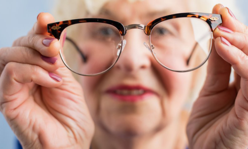 Most People Need Glasses as They Start Ageing