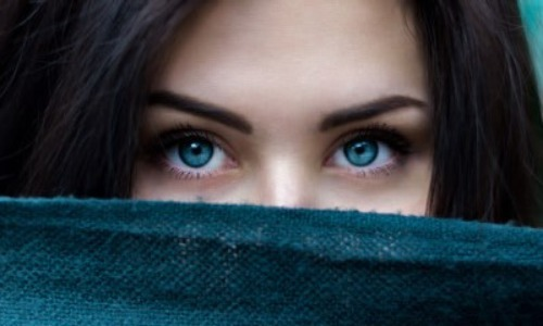 The First Human With Blue Eyes Lived About 10000 Years Ago