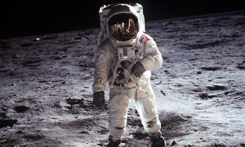 Zero Gravity Exists in Space